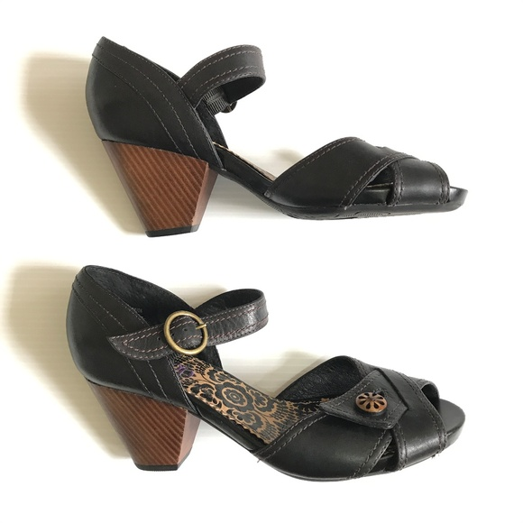 Shoes Block Wood Heel Poshmark Clarks Strap Peep Indigo Ankle Toe vUqw0nxdY0